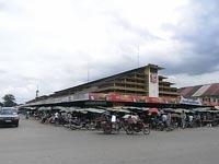 バッタンバン市場