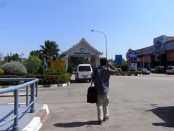 ビエンチャン国境