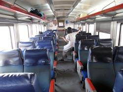 列車の車内