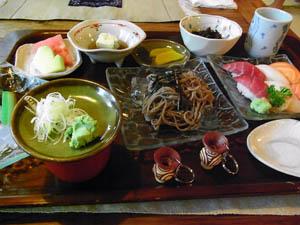 年越し蕎麦とお寿司