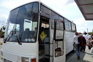 マウント・クック行きバス