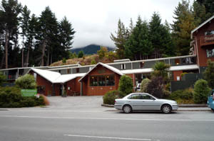YHA QUEENSTOWN LAKEFRONT