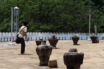トゥーパーラーマ仏塔