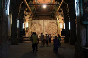 ミーナークシー寺院