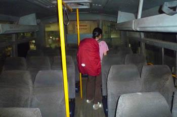 バンガロール(ベンガルール)~バーダーミバス