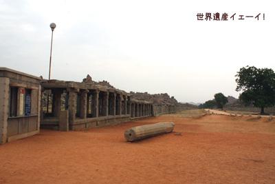 ヴィッタラ寺院