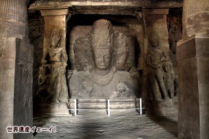 3面シヴァ神像