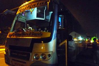 ヴァドーダラー~インドールバス