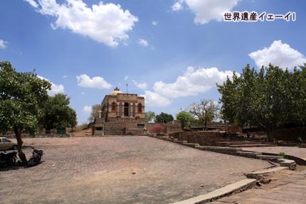 ヴィハーラ寺院