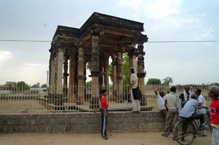 ガンタイー寺院