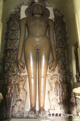 シャーンティナータ寺院