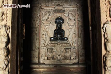 パールシュヴァナータ寺院