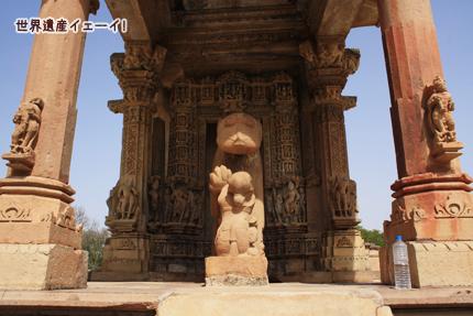 マハーデーヴァ寺院