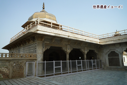ムサンマン・ブルジュ(囚われの塔) Musamman Burj