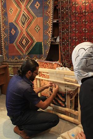 イマーム広場絨毯屋