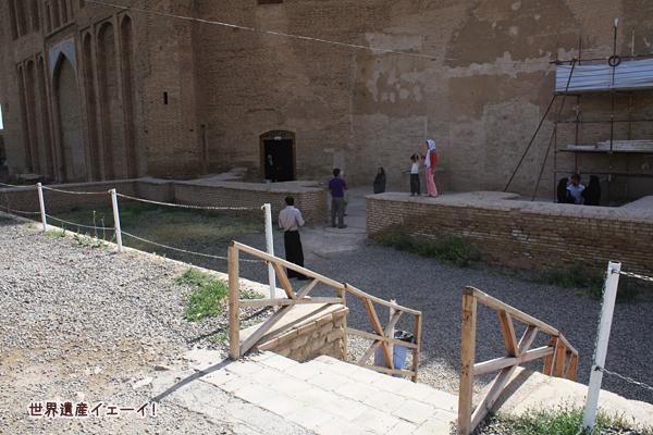 オルジェイトゥ廟入口