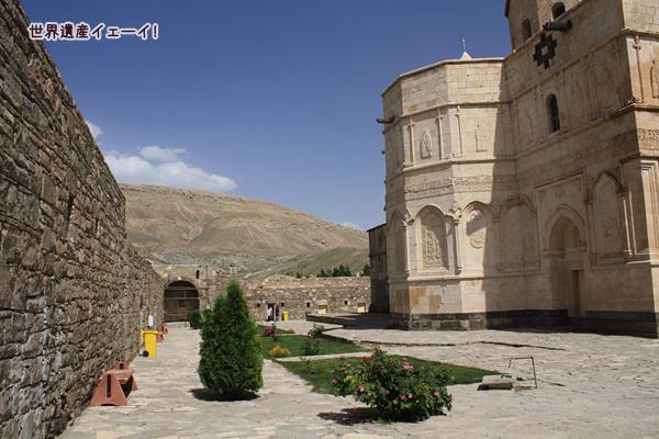 聖タデウス修道院