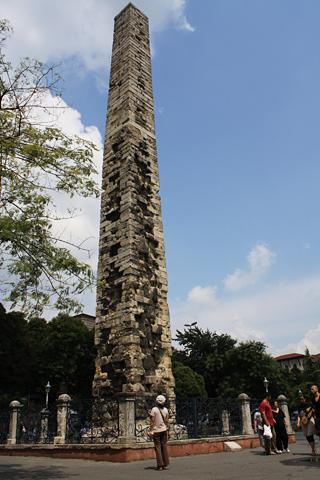 コンスタンティヌス7世オベリスク