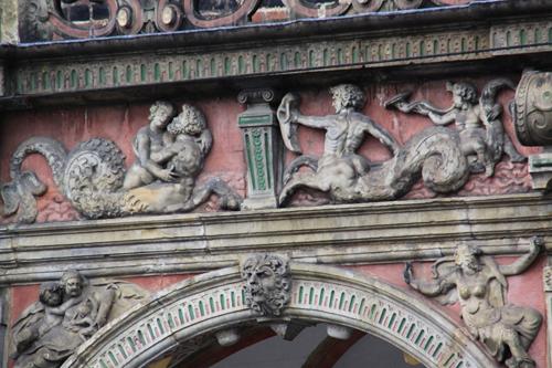 市庁舎の装飾