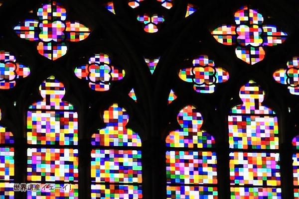 ケルン大聖堂ステンドグラス(ゲルハルト・リヒター)