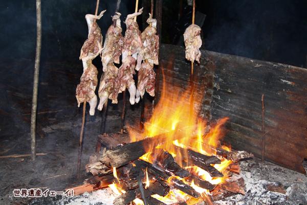 ラトン島夕食のチキン